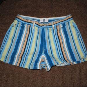 GAP striped shorts sz. 4 ✨
